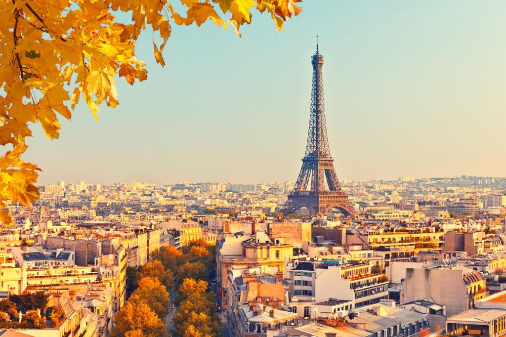 Praktikum in Paris: Die Lebenshaltungskosten sind im Raum um Paris tendenziell natürlich etwas höher als auf dem Land, dafür werden hier attraktivere Löhne gezahlt. (#02)