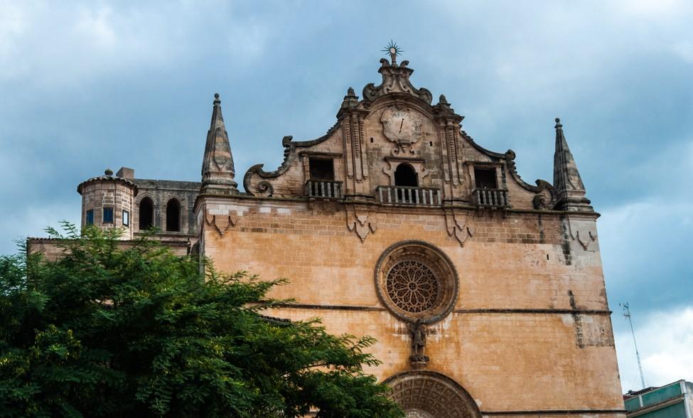 Die Kirche San Miguel. liegt auch in Felanitx. Wenn wir unser Glückshotel Mallorca buchen, werden wir darauf hoffen, ein Hotel in Felanitx vorzufinden. (#2)