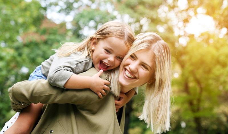 Es ist zu berücksichtigen, wie die Verteilung der Urlaube in den letzten Jahren unter den Mitarbeitern mit schulpflichtigen Kindern erfolgt ist.