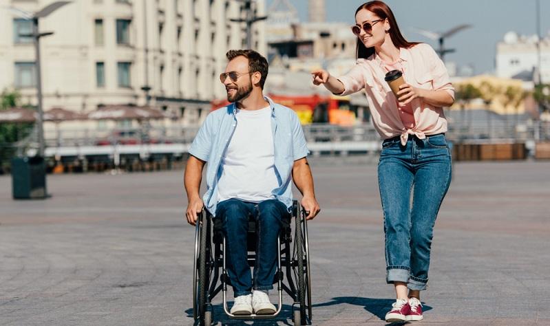 Praktikanten, die eine anerkannte Schwerbehinderung haben, einen erhöhten Anspruch auf Urlaub.