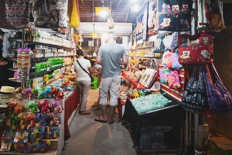 Khao Lak Info: Der Sunday Market, also Sonntags Markt in Old Takua Pa, ist deutlich weniger von Touristen überlaufen.(#01)